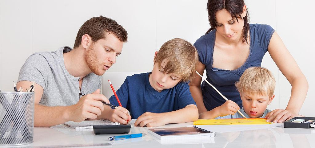 Помощь родителей взрослым школьникам
