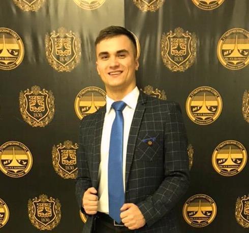 Песков Роман Дмитриевич